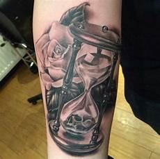 sanduhr grey skull f 252 r kunden tatuaje