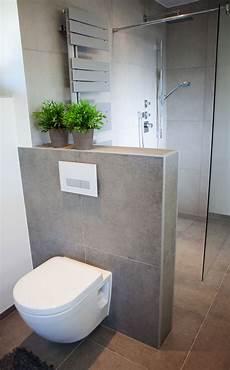 Badezimmer Wand Statt Fliesen - wc hinter vormauerung badezimmer bathroom inspo