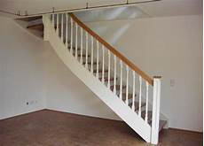 treppe holz weiß holzwangentreppen kliegl treppenbau