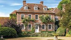 country house in londoners want a country house to live the rural