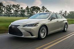 Lexus Aiming For UK Sales Boost With ES Saloon UX