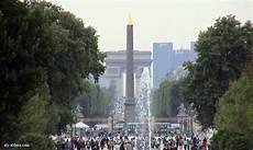 avenue chs elysees obelisque origine