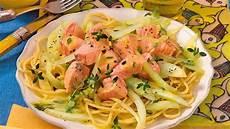 Mediterrane Diät Rezepte - spaghetti mit lachs bild der frau