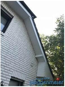 dachuntersicht streichen welche farbe wetterschutz am dach 252 berstand notwendig arno