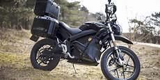 zero motorcycles stellt e motorrad dsr black forest vor