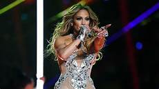 Jennifer Lopez 2021 Dick Clark S New Year S Rockin Eve 2021 Performers
