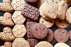 stella di pandoro con mousse al mascarpone fatto in casa da benedetta rossi ricetta stella di pandoro con mousse al mascarpone ricetta ricette biscotti con gocce di cioccolato