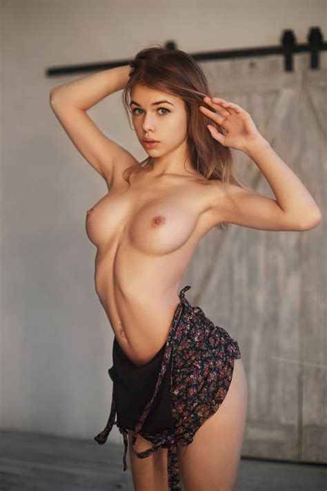 Alex Polizzi Porn