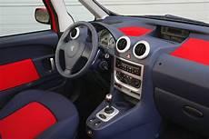 Peugeot 1007 Hatchback 2005 2009 Driving Performance