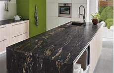 arbeitsplatte aus stein lechner k 252 chenarbeitsplatten design black cosmic black