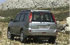 Nissan X Trail 2005 Suv Review 2005 Nissan X Trail Driving