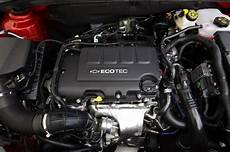 how cars engines work 2011 chevrolet cruze engine control quick spin 2011 chevrolet cruze eco autoblog