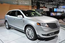 books about how cars work 2013 lincoln mkt security system 2013 lincoln mkt models its new mug autoblog