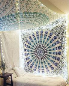 White Tapestry Bedroom Ideas by 15 Brilliant Ideas For Using Your Wall Tapestry In