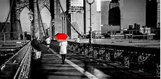 new york citybrooklyn bridgeblack and whitered