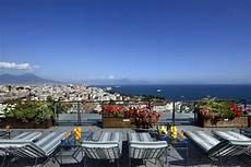 le terrazze napoli sulle terrazze degli alberghi di napoli
