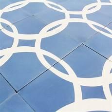 destockage carreau ciment carreau ciment blue circle carrelage ciment bleu motifs