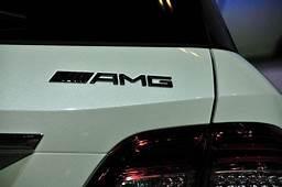 Высокопроизводительный Mercedes Benz ML63 AMG