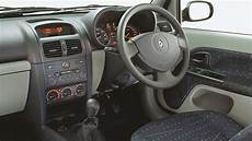 renault clio 1 interieur renault clio used review 2001 2015 carsguide