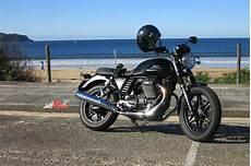 Review 2015 Moto Guzzi V7 Ii Bike Review