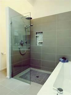 Vor Und Nachteile Einer Begehbaren Dusche Mit Bildern