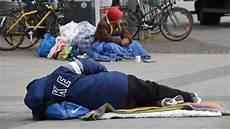 gewalt gegen obdachlose 2016 gab es mindestens 17 tote