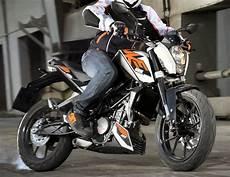 Avis Ktm Duke 125 Ktm 125 Duke 2015 Fiche Moto Motoplanete