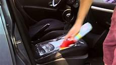 smacchiare tappezzeria auto come eliminare le macchie dai sedili auto con mafra flash