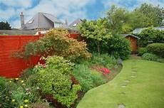 Was Kostet Eine Gartengestaltung - den garten anlegen lassen kosten und vorteile das