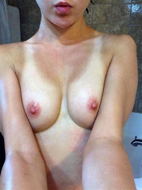 Julia Ragnarsson Nude