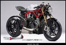 Ducati Panigale Nacked By Pierobon Ducati Moto Ducati