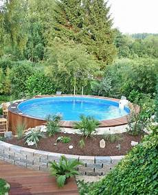 untergrund für pool im garten kleiner pool im gr 252 nen pool verkleiden versch 246 nern in
