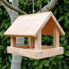 Mangeoire Couverte Le Grand Buffet Pour Oiseaux Du Jardin