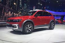 road vw tiguan gte active concept arrives in detroit