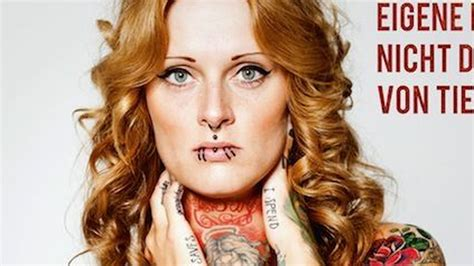 Charlotte Smith Nude