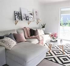 on budget scandi style living room lakberendez 233 s