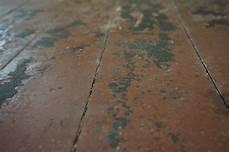 asbest im boden was ist das f 252 r ein belag k 246 nnte asbest enthalten sein