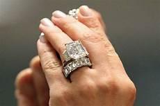 khloe kardashian engagement ring price 20 accessories