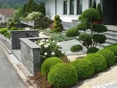 Vorgarten Gestalten Reihenhaus Ideen - der vorgarten bl 252 hend sch 246 n und pflegeleicht