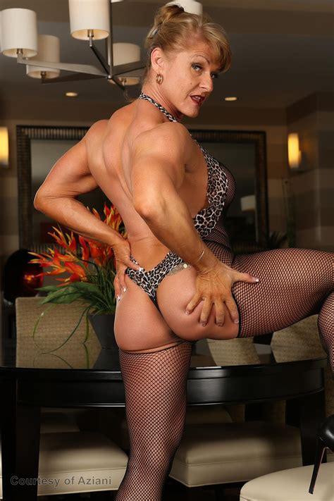 Barbara Dunkelman Nude