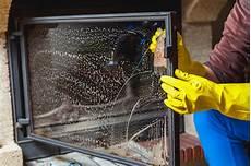 pulire camino pulire il vetro del camino impresa di pulizie bibo