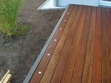 led beleuchtung am terrassenrand terrasse selbst bauen