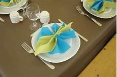 pliage serviette turquoise et vert anis cr 233 ation de