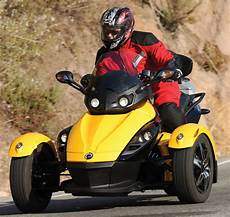 Who Makes The Can Am Motorcycle