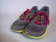 nike free run 3 gray grey pink fuchsia neon green running