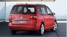 Nouveau Volkswagen Touran Le Bluemotion Version Essence