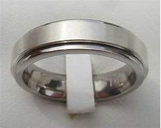 spinning silver wedding ring love2have in the uk