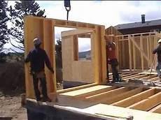 construction de maison en montage d une maison ossature bois aux angles 66