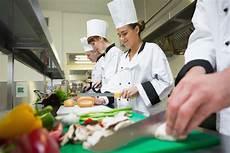 b c restaurants scramble to find kitchen workers for