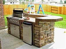 Small Outdoor Kitchen Plans outdoor kitchen plans constructed freshly in backyard